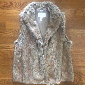 BCBG fur vest size XS/S